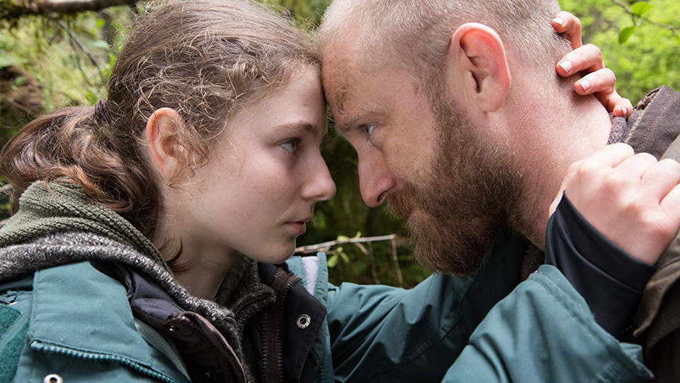 Tom (Thomasin McKenzie) und Will (Ben Foster)