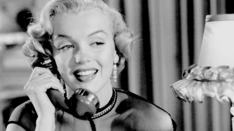 Harriet (Marilyn Monroe)